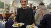 Alessandro Bergonzoni cameriere d'eccezione (foto Schicchi)