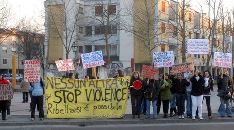 Manifestazione contro la violenza sulle donne