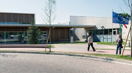 Il centro civico Agorà di Arese che ospiterà autori e pubblico