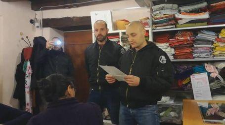 L'irruzione nella sede di Como senza frontiere