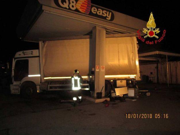 Il camion usato come ariete
