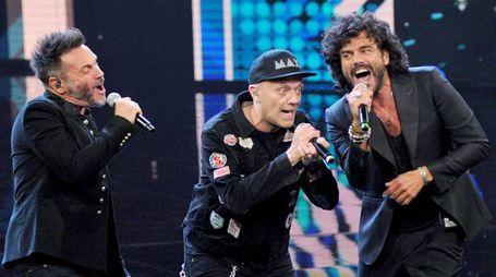 Nek, Max Pezzali e Francesco Renga sabato sera all'Unipol Arena