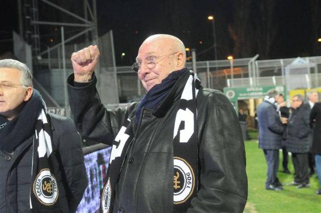 Calorosa accoglienza per Volpi allo stadio Picco in occasione di Spezia-Palermo (foto Frascatore)