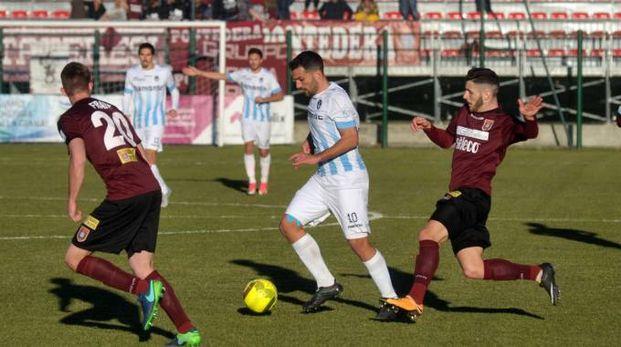 Giana Erminio-Pontedera 3-1, un'azione di gioco (Newpress)