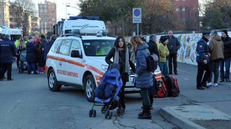 Scuola evacuata in via Lazio (Canali)