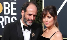 Luca Guadagnino  e Dakota Johnson  (Ansa)
