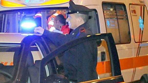 Intervento dei carabinieri per la rilevazione di un sinistro (repertorio)