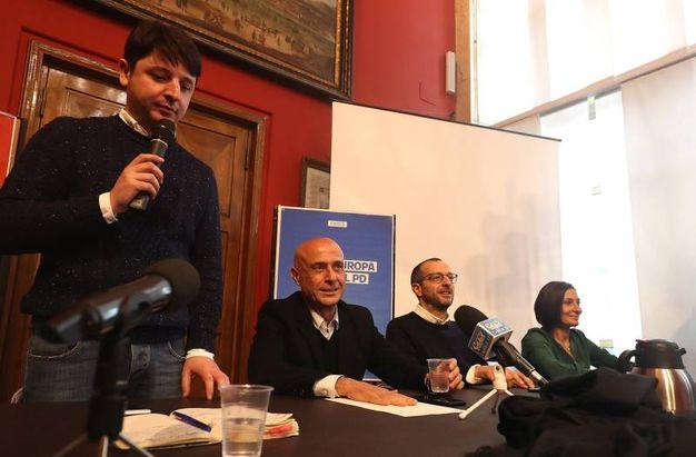 Da sinistra Giovanni Gostoli, il ministro Minniti, il sindaco Ricci e Alessia Morani (Fotoprint)