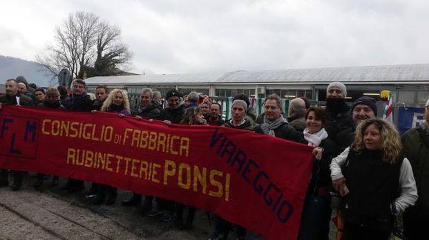 Lo sciopero dei dipendenti Ponsi