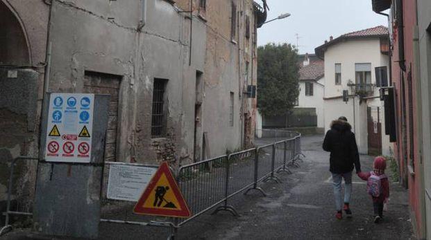 La casa pericolante di via Filzi presto sarà demolita