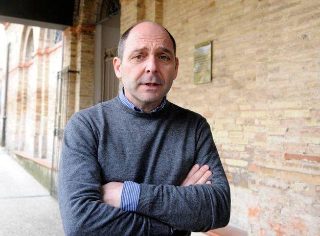 Il medico legale, dottor Tombolini (foto Calavita)