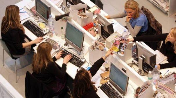 Giovani e lavoro, foto generica (Dire)