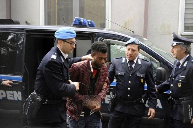L'uomo è accusato di omicidio, vilipendio e occultamento di cadavere (foto Calavita)