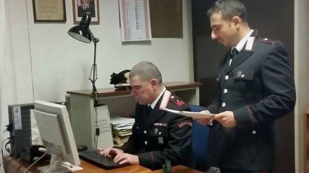 Del caso si occupano i carabinieri