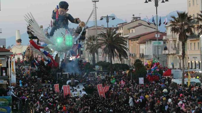 Il Carnevale di Viareggio (Foto Umicini)