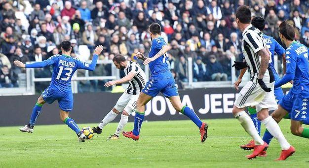 Il gol del 5-0 (foto Ansa)