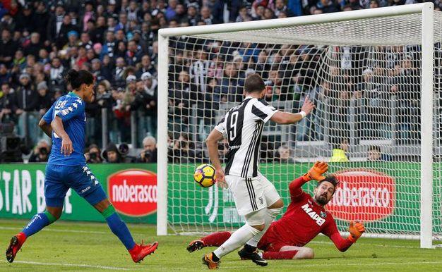 7-0, gol di Higuain (foto LaPresse)
