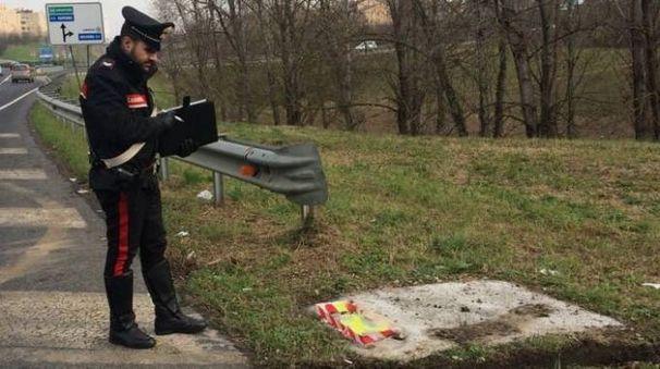 Le indagini dei carabinieri sugli autovelox distrutti