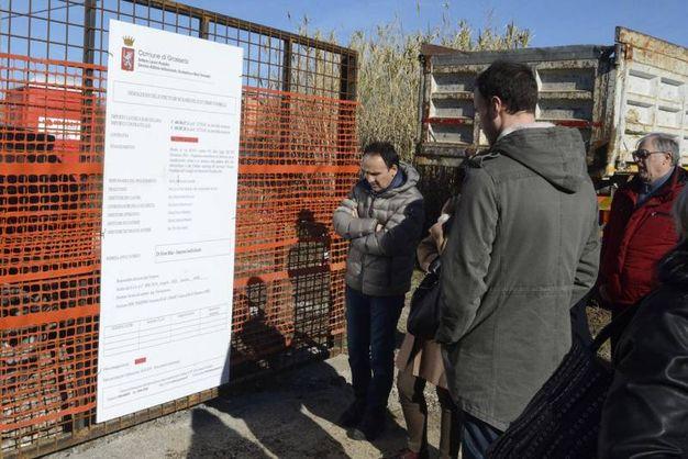 Ex Terme di Roselle, è il momento della demolizione dell'ecomostro (Foto Aprili)