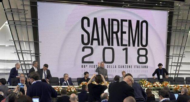 La conferenza stampa di partecipazione con il logo del festival 2018 (Ansa)