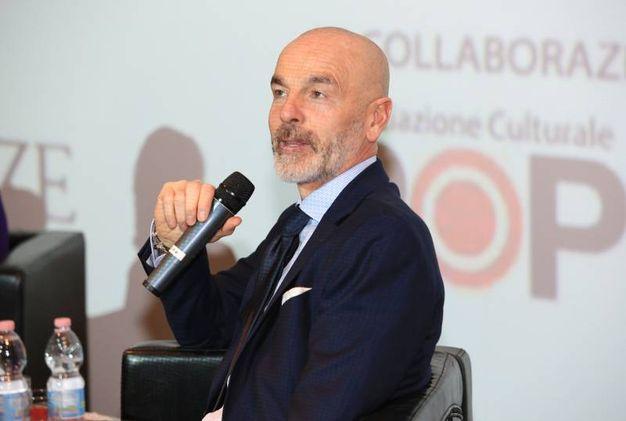 Stefano Pioli alla presentazione del libro  in ricordo di Borgonovo (Foto Germogli)