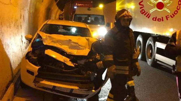 Uno dei mezzi coinvolti nell'incidente