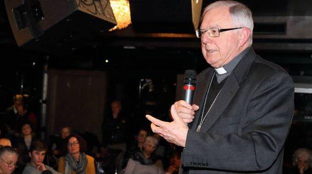 Monsignor Roberto Filippini incontra gli studenti (Foto Goiorani)