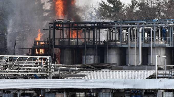 Esplosione in azienda a Bulgarograsso