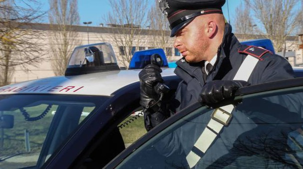 Al palazzetto  di Oste sono arrivati i carabinieri