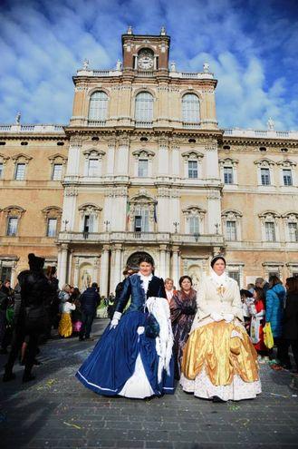 Grande festa per il Carnevale a Modena (foto Fiocchi)