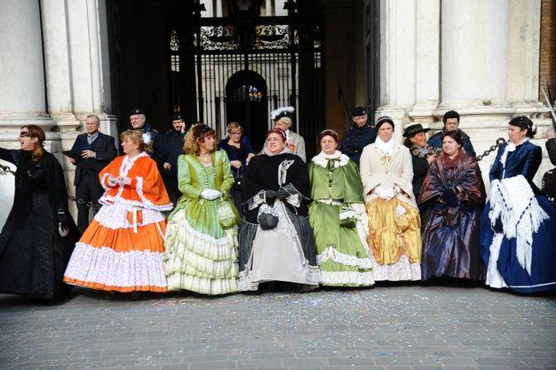Le dame (foto Fiocchi)