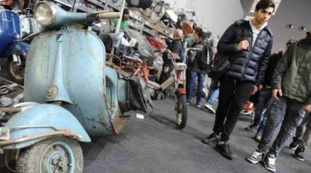 MOVIMENTO Un'immagine della recente Classic Motors che ha attirat numerosi visitatori al palaffari