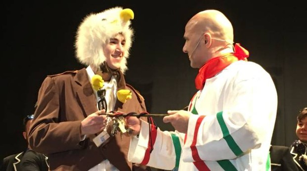 La consegna delle chiavi alla congrega dell'Aquila nel teatro Serpente Aureo