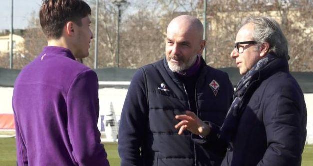 Fiorentina, Andrea Della Valle al Centro sportivo con Chiesa e Pioli (Fonte: Twitter di Acf Fiorentina)