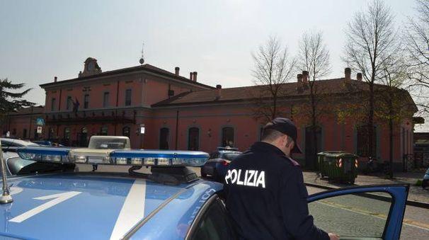 La polizia che ha notificato i domiciliari