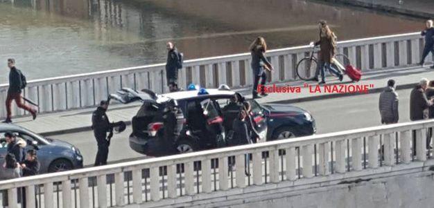 Caccia allo sparatore, un falso allarme lo aveva individuato a Palazzo Blu