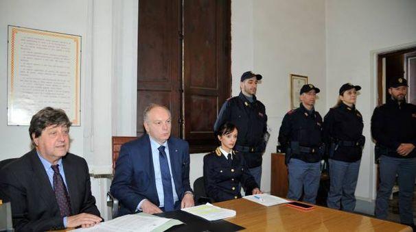 La conferenza stampa dopo gli arresti (foto Alcide)