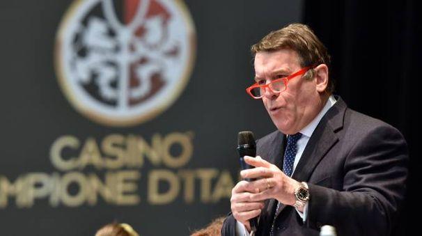 Il sindaco Salmoiraghi