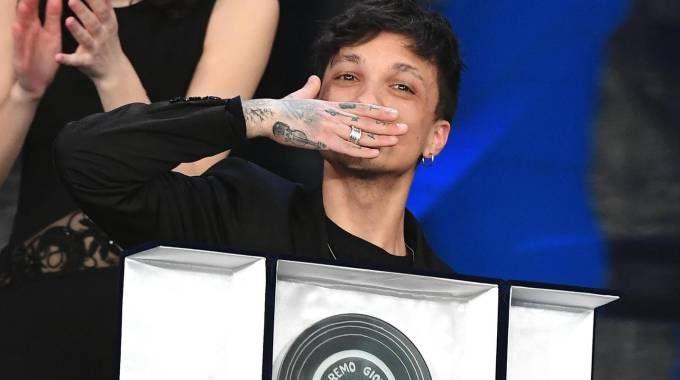 Ultimo vince Sanremo 2018, categoria 'nuove proposte' (Ansa)