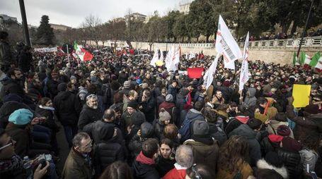 la manifestazione antifascismo e contro il razzismo a Macerata
