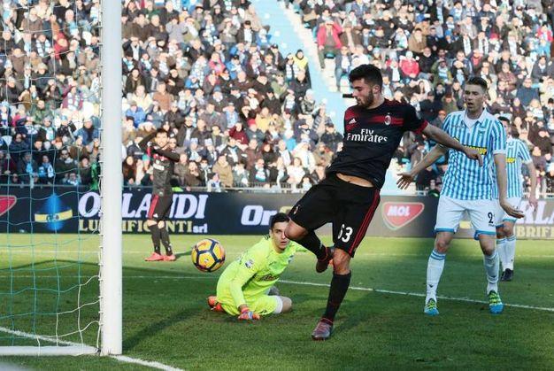 Il secondo gol di Cutrone (foto Ansa)