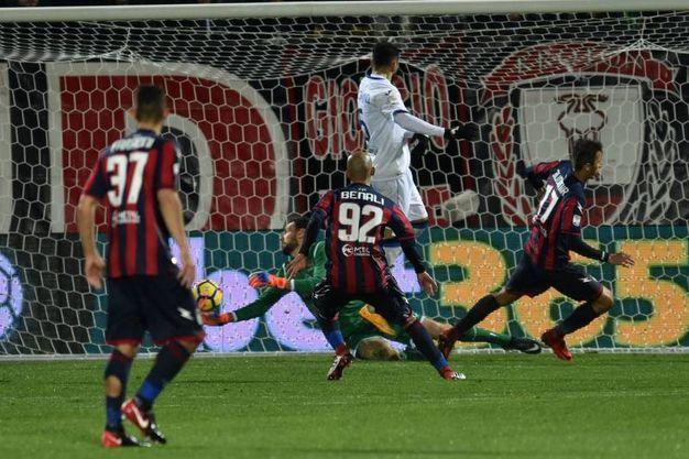 Crotone-Atalanta 1-0, Mandragora (LaPresse)