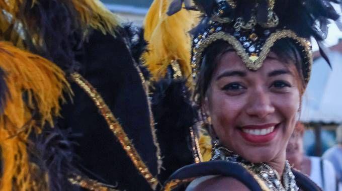 Una ballerina cubana al Carnevale estivo fanese