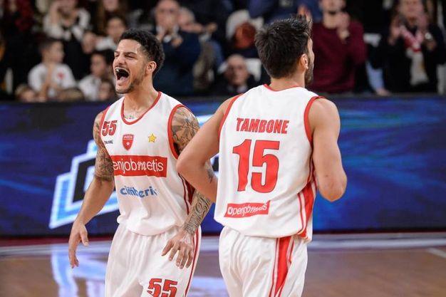 Basket, Germani Brescia travolta a  Varese