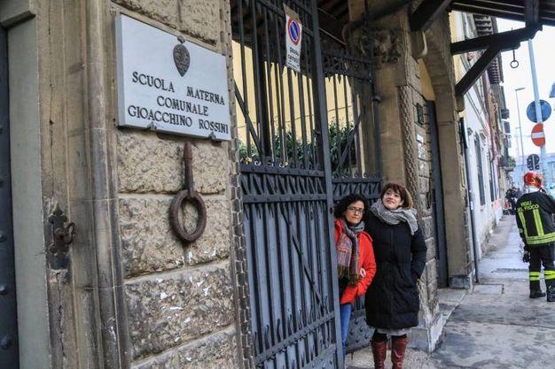Pacco sospetto vicino alla scuola elementare Rossini (Germogli)
