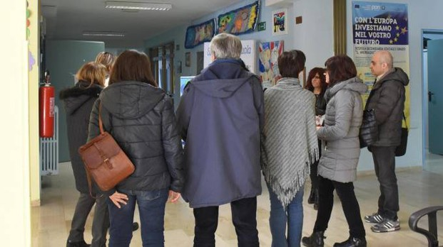 Foggia, i docenti dell'istituto 'L.Murialdo', dove un genitore ha picchiato un prof (Ansa)