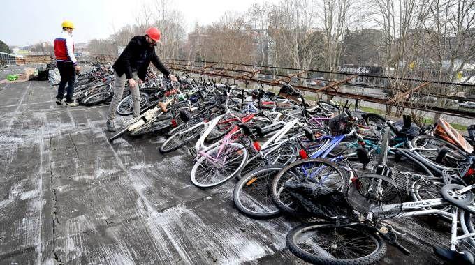 Il deposito di bici rubate