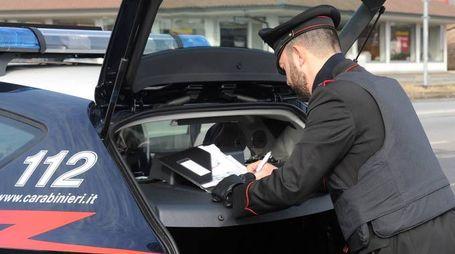 L'uomo è stato arrestato dai carabinieri del nucleo radiomobile