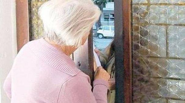 Anziana in casa sola