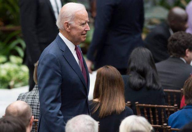 Joe Biden alla presentazione dei ritratti degli Obama (Lapresse)